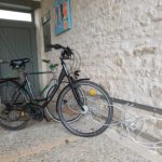 Porte-vélos sous patio rétais