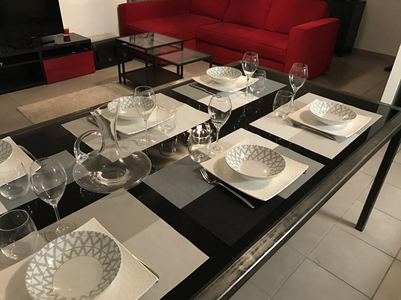 Table Acier et Verre Noir